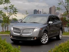 Lincoln MKT pic