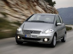 mercedes-benz a200 pic #11991