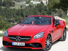 Mercedes-Benz AMG SLC43 pic