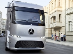 mercedes-benz urban etruck pic #169380