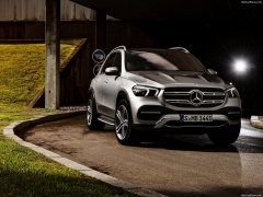Mercedes-Benz GLE pic