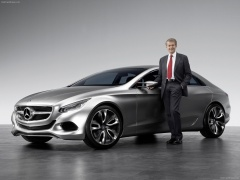 Mercedes-Benz F800 pic