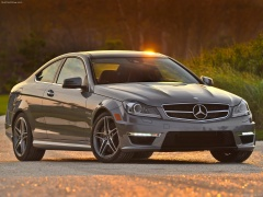 mercedes-benz c63 amg coupe pic #84573