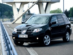 Mitsubishi Outlander Turbo pic