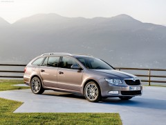 Skoda Superb Combi pic