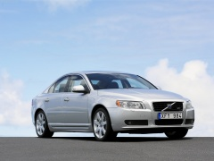 Volvo S80 pic