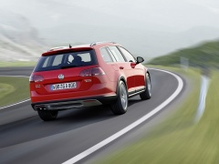Golf Alltrack photo #129525
