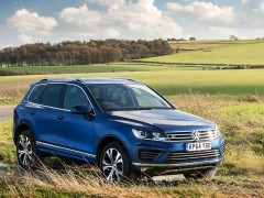Volkswagen Touareg R-Line pic