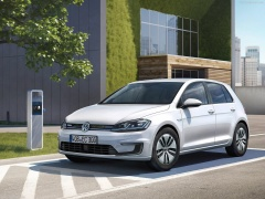 Volkswagen Golf blue-e-motion pic