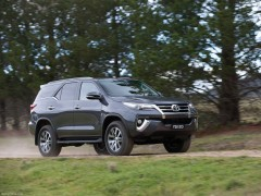 toyota fortuner pic #146542