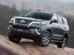 Toyota Fortuner pic