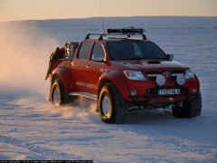 toyota hilux invincible pic #48588