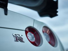 nissan gt-r nismo pic #131404