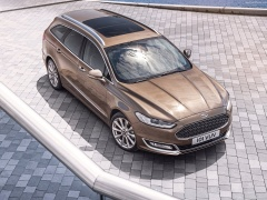 Ford Mondeo Vignale pic