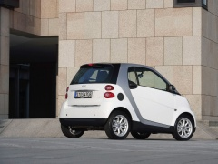 Smart fortwo micro hybrid drive pic