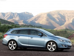Vauxhall Astra Sports Tourer pic