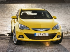 Vauxhall Astra GTC pic