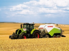 Claas Axion pic