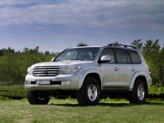 Toyota Land Cruiser 200 photo #61468