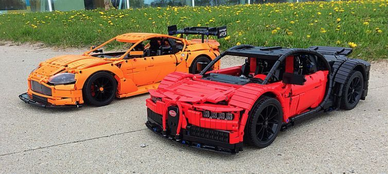teaser of lego technic chiron from bugatti car news. Black Bedroom Furniture Sets. Home Design Ideas
